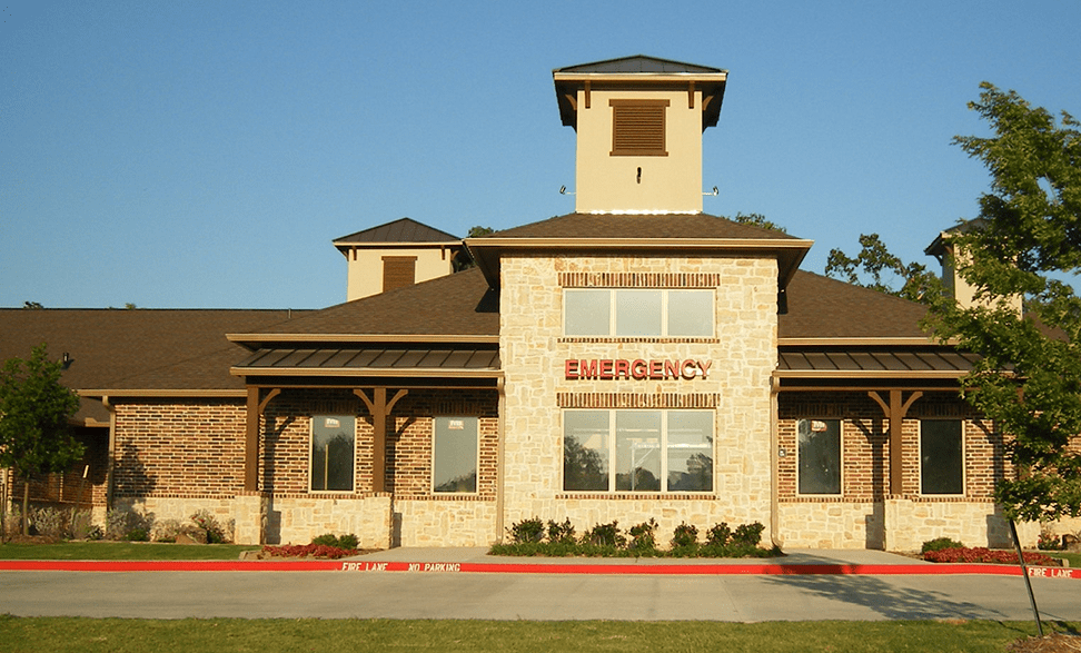 Animal Hospital in Grapevine: Exterior View of Practice