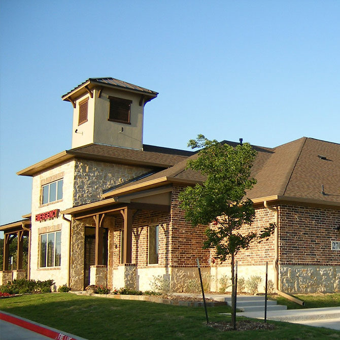 External View of Animal Emergency Hospital in Grapevine